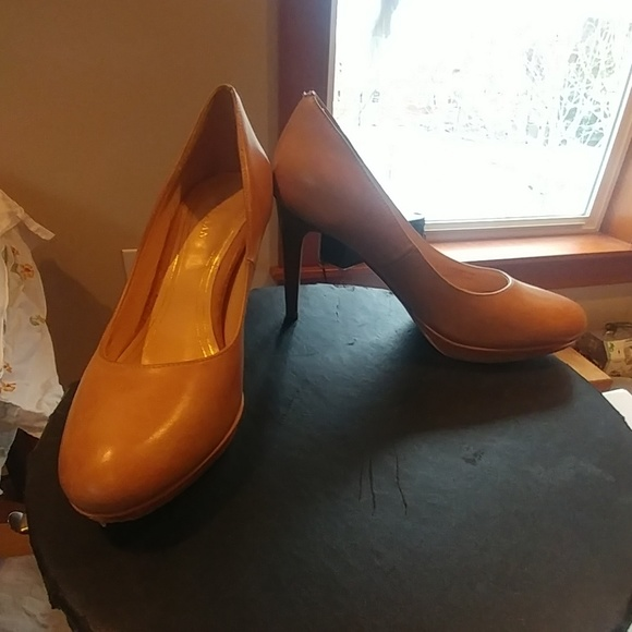 26d111c191c Cole Haan Shoes - Cole Hann Nike Air nude heels size 6